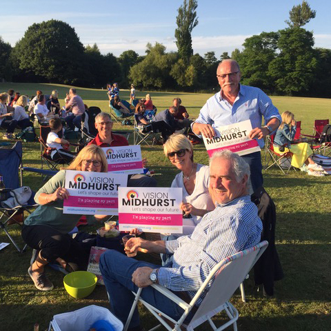 Madhurst audience supporting the survey